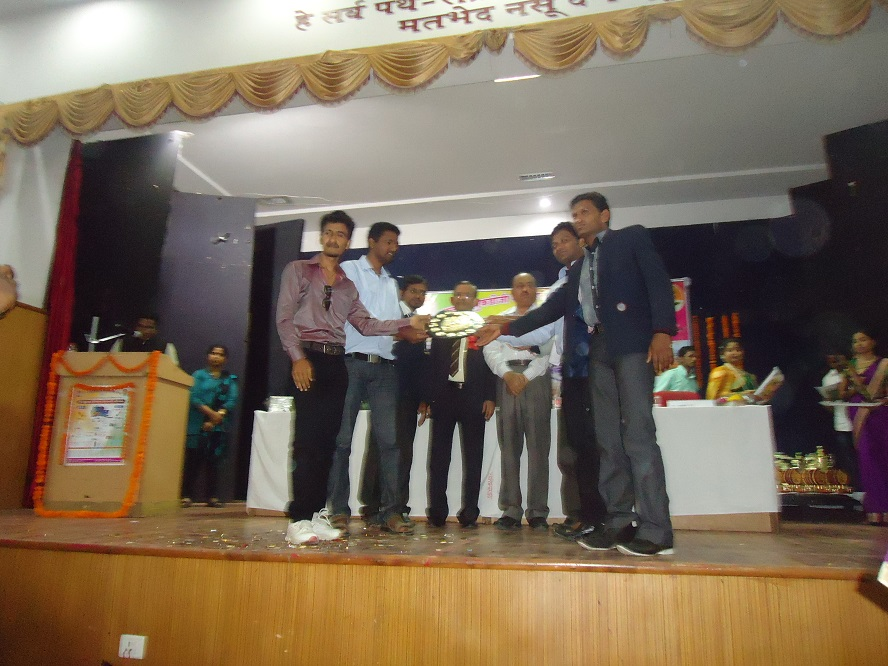 Yuva-Spandan-Awards-Ceremony (13)