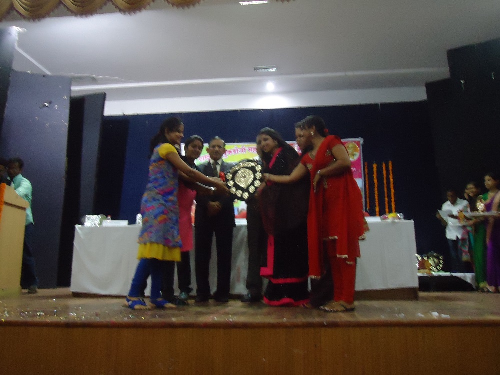 Yuva-Spandan-Awards-Ceremony (38)