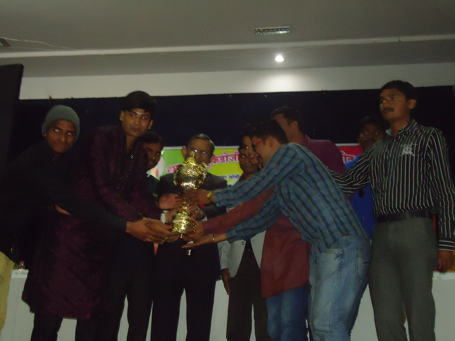 Yuva-Spandan-Awards-Ceremony (5)