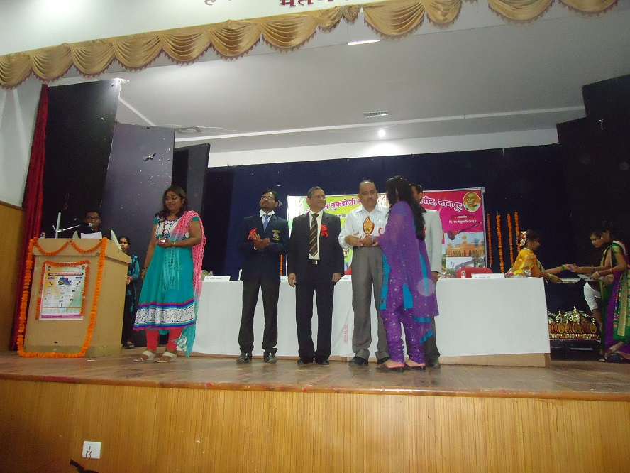 Yuva-Spandan-Awards-Ceremony (7)